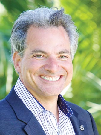 Luis Alverez